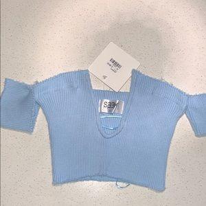 LF Seek baby blue deep V crop top